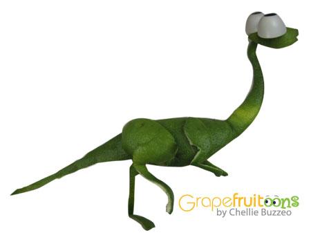 troodon dinosaur made from grapefruit